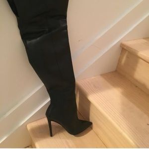 Steve Madden Leather thigh high boots